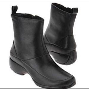 Merrell Spire Zip Waterproof Leather Boots Size 9